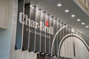 CharBroil030_Lobby